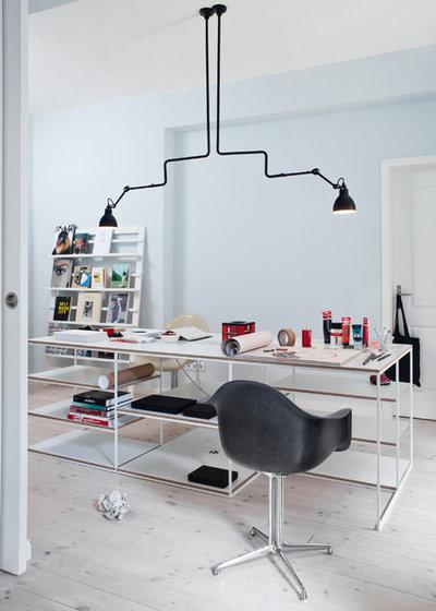 Scandinavian Home Office by VINTAGENCY