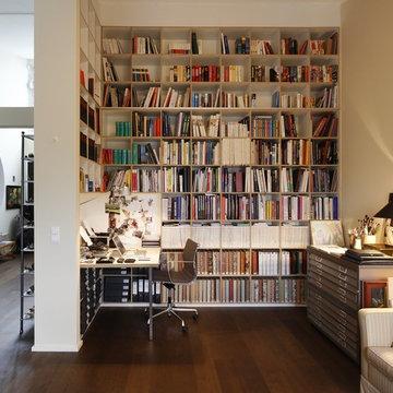TIUS Bücherwand / Bookshelf