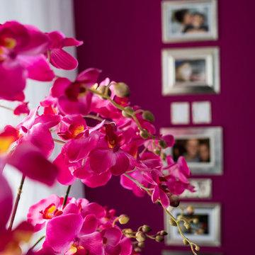 Wand und Blüte in der gleichen Farbe