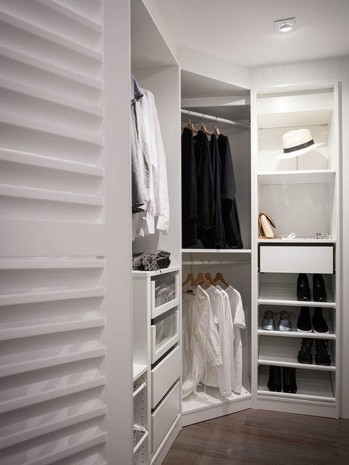 diseo de armario vestidor unisex actual de tamao medio con armarios abiertos - Vestidores Diseo