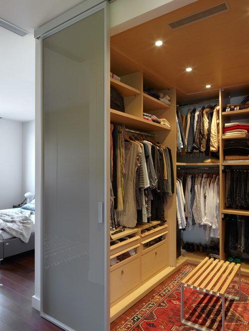 Ideas para armarios y vestidores dise os de armarios y for Moqueta pasillo