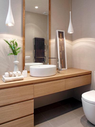 Modern Gästetoilette by MOLINS DESIGN