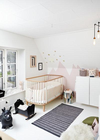 Trendy Babyværelse by Mia Mortensen Photography