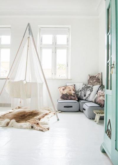 Skandinavisch Babyzimmer by MetteMaje Sofia Skøtt