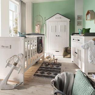 Maritime Babyzimmer Mit Gruner Wandfarbe Ideen Design Bilder Houzz