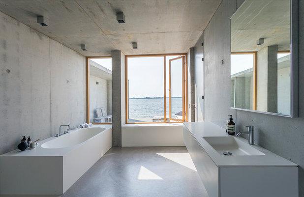 Skandinavisch Badezimmer by Multiform