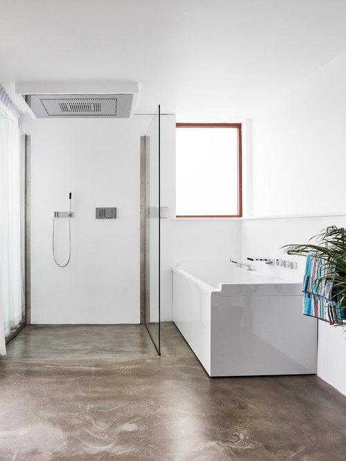 b der mit linoleum und bodengleicher dusche ideen design. Black Bedroom Furniture Sets. Home Design Ideas