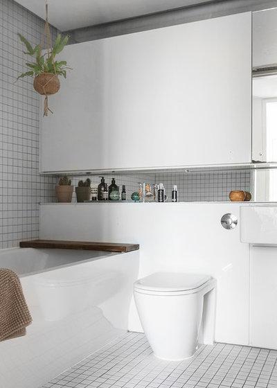 Scandinavian Bathroom by A little story