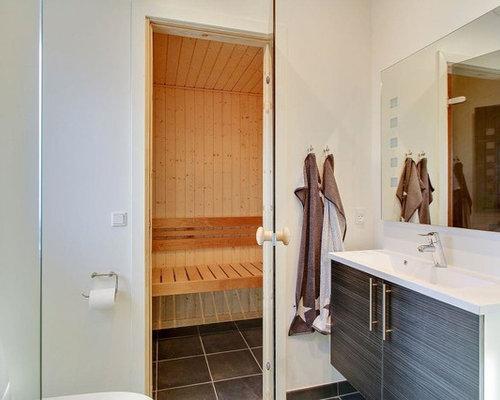 Badezimmer mit Laminat-Waschtisch und Sauna Ideen, Design & Beispiele