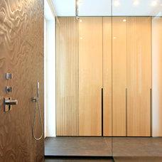 Contemporary Bathroom by mo+ architekten