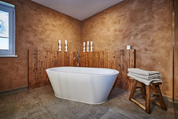 Rustikaler Altholz Chic in einem modernen Bad | {Badezimmer altholz 93}