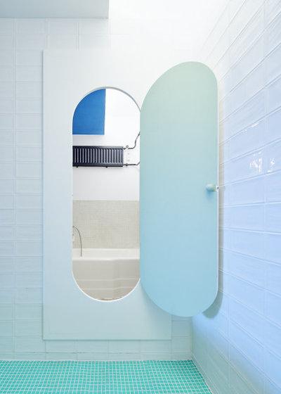 Mid-Century Badezimmer by Joe Clark   Architektur & Inneneinrichtung Fotogra