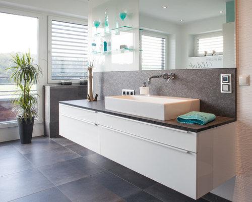 badezimmer mit granit waschbecken waschtisch design ideen beispiele f r die badgestaltung. Black Bedroom Furniture Sets. Home Design Ideas
