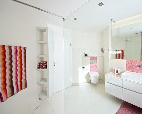 badezimmer mit rosafarbenen fliesen design ideen beispiele f r die badgestaltung. Black Bedroom Furniture Sets. Home Design Ideas