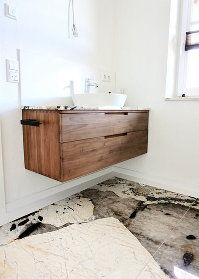 Skandinavisch Badezimmer by MEYLAHN NATURSTEIN
