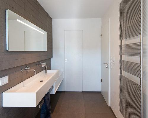 moderne badezimmer mit braunen fliesen - design-ideen & beispiele,