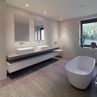 Moderne Badezimmer mit Vinylboden Ideen, Design & Bilder | Houzz