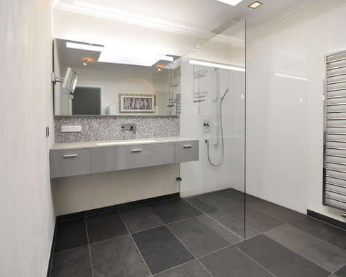 klassische badezimmer mit offener dusche: design-ideen & beispiele, Badezimmer