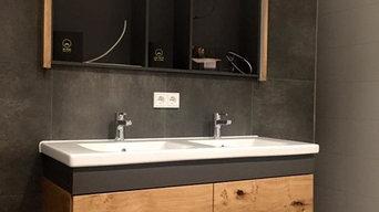 Badezimmereinrichtung in Asteiche furniert/ Schleiflack Anthrazit
