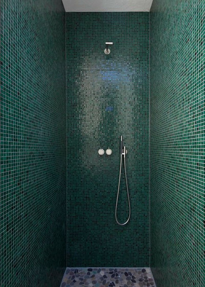 Minimalistisch Badezimmer by Keramostone