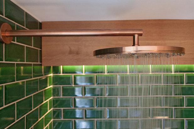 metro-fliesen statt holz: eine sauna im smaragdgrünen gewand, Hause ideen
