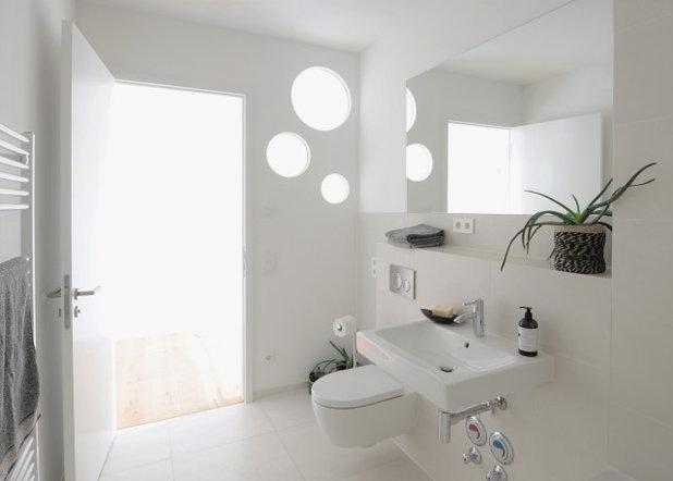 Modern Badezimmer by Babette Kempfer Raumkonzepte