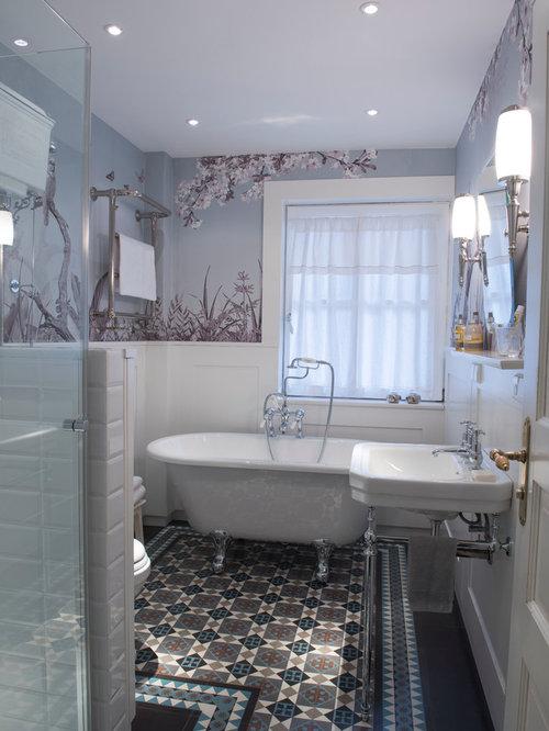 Badezimmer Mit Eckdusche Und Farbigen Fliesen Ideen Design Bilder - Farbige fliesen badezimmer