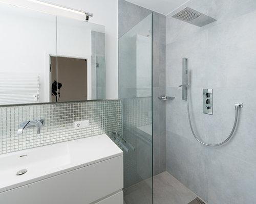 Handfat Funkis : Foton och badrumsinspiration för badrum med ett integrerad