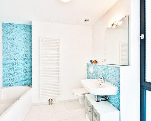 Badezimmer mit mosaikfliesen ideen f r die badgestaltung for Badezimmer mosaikfliesen