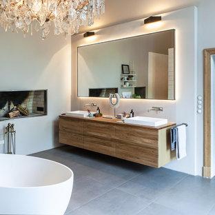 Salle de bain avec un carrelage blanc Hambourg : Photos et idées ...
