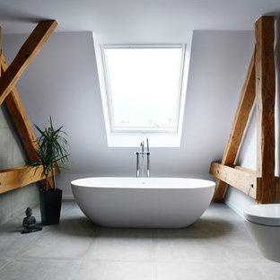 Salle de bain avec béton au sol Berlin : Photos et idées déco de ...