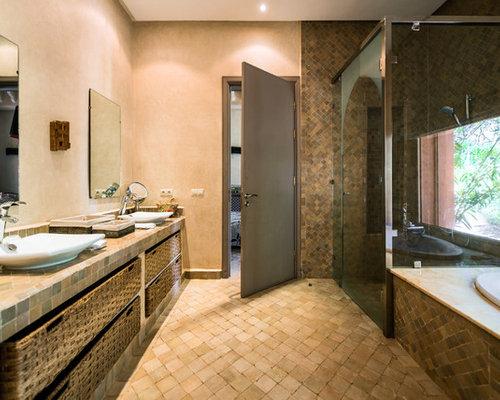 Badezimmer Mit Braunen Schränken Ideen, Design & Bilder | Houzz