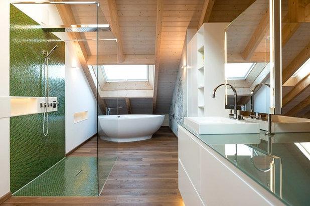 Modern Badezimmer by Bukoll Bäder und Wärme
