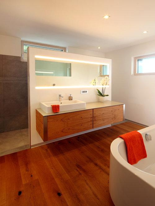Moderne Badezimmer mit braunen Fliesen Ideen, Design & Bilder | Houzz