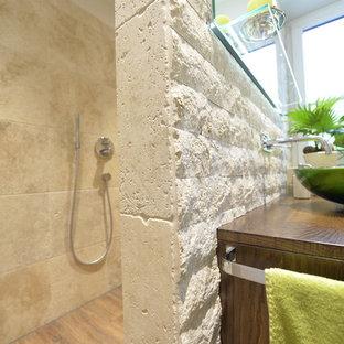 Salle d\'eau avec des dalles de pierre Munich : Photos et idées déco ...