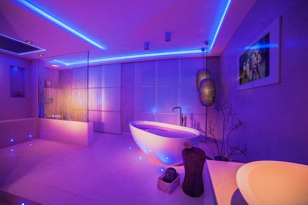 Neonlampen der beleuchtungs trend in wohnzimmer und bad for Moderne badezimmer lampen