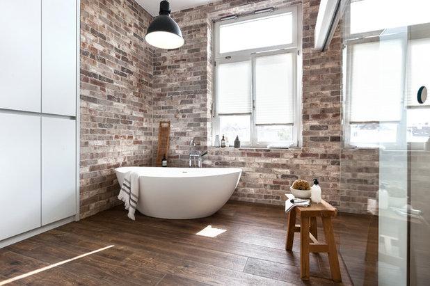 Platz f r alle ein materialstarkes bad in frankfurt - Badezimmer ausbau ...