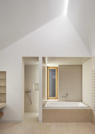 Minimalistisch Badezimmer by Kränzle+Fischer-Wasels Architekten BDA