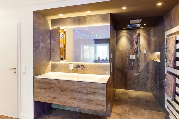 Modern Badezimmer by Ihr Schreiner Thaler