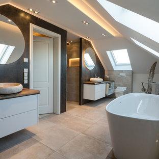 Salle de bain avec une douche ouverte Dresde : Photos et idées déco ...