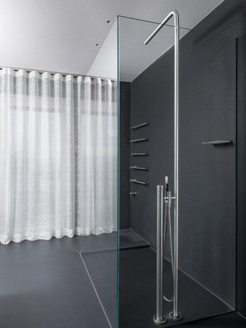 dusche ohne fliesen groaes modernes badezimmer mit bodengleicher und schwarzer wandfarbe in stuttgart fugen