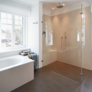 Design ideas for a large scandinavian shower room bathroom in Stuttgart with flat-panel cabinets, white cabinets, a built-in bath, a built-in shower, white walls, ceramic flooring, an integrated sink, solid surface worktops, brown floors, an open shower and white worktops.