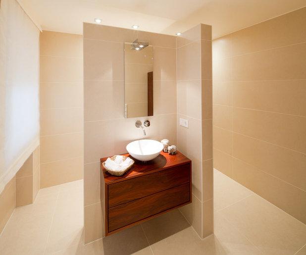 Modern Badezimmer by Ferreira | Verfürth Architekten