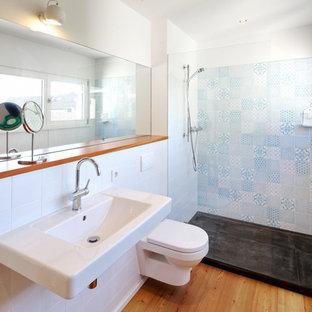 Salle de bain avec un lavabo suspendu Cologne : Photos et idées déco ...