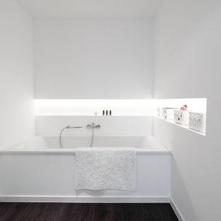Badezimmer mit Badewanne in Nische Ideen, Design & Bilder | Houzz