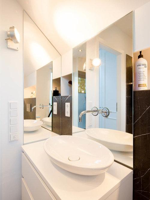 Klassische Badezimmer mit schwarzen Fliesen Ideen, Design & Bilder ...