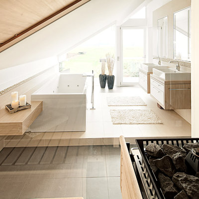 Contemporary Bathroom by raum.atelier
