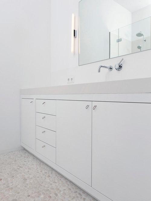 badezimmer mit kiesel-bodenfliesen: design-ideen & beispiele für, Hause ideen