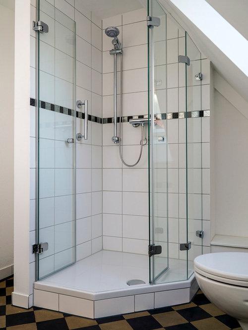 Salle d\'eau campagne avec un plan de toilette en verre : Photos et ...