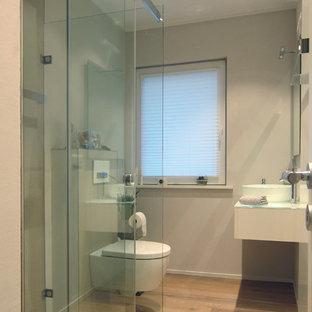 Salle de bain avec un WC séparé Cologne : Photos et idées ...